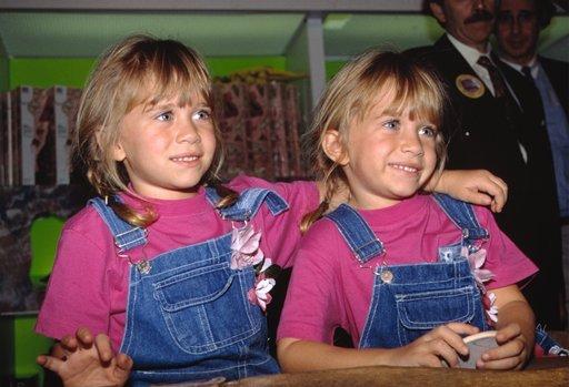 Mary Kate And Ashley Olsen 1989